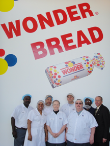 hostess vs bakers union Waterloo, iowa --- jim red wilson says he's a baker and just wants to keep making bread.